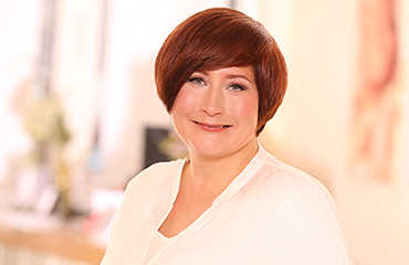Friseurmeisterin Jana Heinze-Harksel